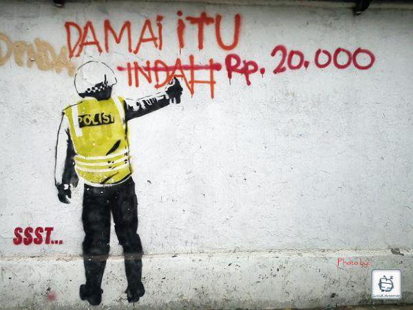 polisi korup (damai itu 20ribu)